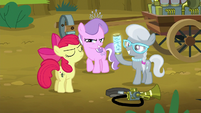 Apple Bloom defends herself S5E4