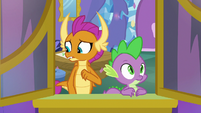 Smolder trying to find the right words S8E24