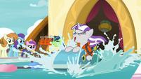 Twilight Velvet paddles madly down the pool S7E22