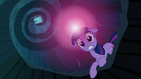 Twilight alarmed S3E2