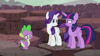 Twilight and Rarity getting teary-eyed S6E5