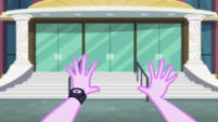 First-person view of Starlight Glimmer's hands EGS3