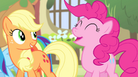 "Pinkie Pie ""Singing in the most beautiful voice ever?!?"" S4E14"