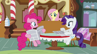 Pinkie Pie and Rarity reading newspapers S02E23