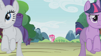 Rarity and Twilight leaving Pinkie S01E10
