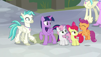 Scootaloo getting very excited S8E6