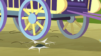 Trixie's wagon hits bump in the road S8E19