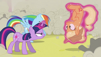 Twilight seeing if this is the real Applejack S2E26