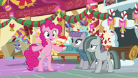 """Pinkie """"if anypony knows what to do"""" MLPBGE"""