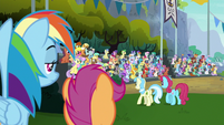Rainbow and Scootaloo look at bleachers S8E20