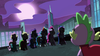 Spike -holy new personas, ponies!- S4E06