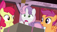 Sweetie Belle gasping deeply S8E10