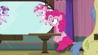 Twilight balloon floats away from Pinkie S9E16