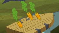 Carrots striking Big Daddy McColt's shield S5E23