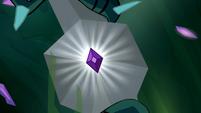 Element of Generosity shining S4E02