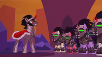 King Sombra looking at his army S5E25