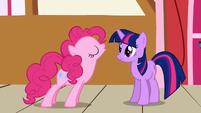 Pinkie Pie and Twilight S1E4