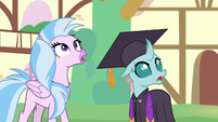 Silverstream and Ocellus looking up S9E3