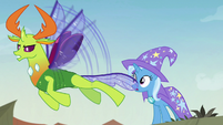 Thorax flying into the battle S7E17