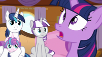 "Twilight ""whatever princess activities you want"" S7E22"