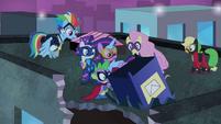 Power Ponies wonder where Pinkie went S4E06