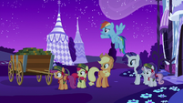 Rainbow and friends looking at zombies S6E15