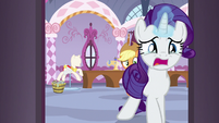 Rarity leaving the boutique in tears S7E9