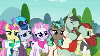 Sire's Hollow ponies happy for Starlight and Sunburst S8E8