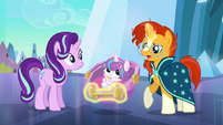 Sunburst --a changeling's been spotted-- S6E16