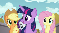 Twilight -they had something to take care of first- S5E19