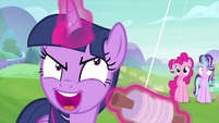 Twilight Sparkle taunting her kite MLPS4