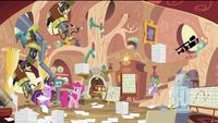 Pinkie Pie in Twilight's house S2E20