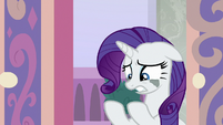 Rarity -had to use my hooves- S8E25