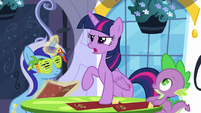 Twilight -gotta find a way to make it up to her!- S5E12