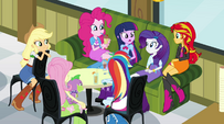 Twilight assesses the situation EG2