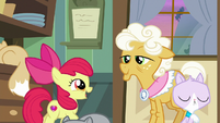 Apple Bloom happy to see Goldie S9E10