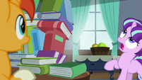 Filly Starlight sees book tower about to fall S5E26