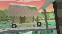 Hayseed Swamp village looking abandoned S7E20