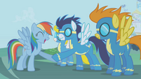 Rainbow-Wonderbolts hoofshake S1E03