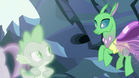 Simulated changeling flying down to Spike S7E1
