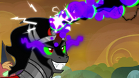 Sombra blasting the royal guards' horns S9E2