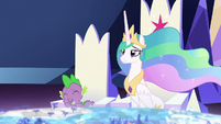 Spike laughing at Celestia's teasing S7E1