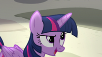 "Twilight Sparkle ""respecting differences"" S8E1"