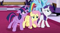 Twilight Sparkle pleading to Discord S9E2