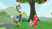 Discord pretending to sleepwalk S9E23