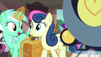 Lyra and Sweetie Drops getting off the train S7E24