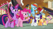 Mane Six ready to fight for Equestria S9E2