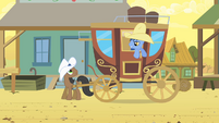 Noteworthy in carriage S01E21