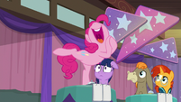 """Pinkie """"ends up loving the holiday"""" S9E16"""
