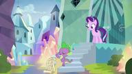 S06E01 Spike poucza Starlight